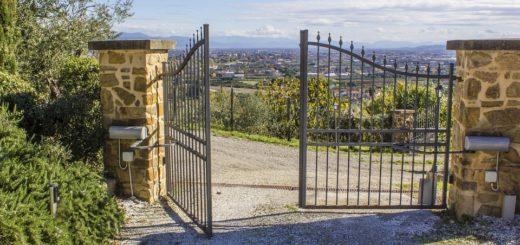 Motorisation pour fermeture de portes et portails